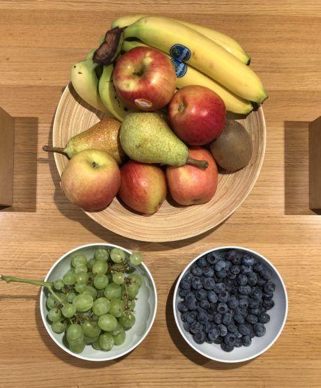 Obstkorb auf Tisch der Werbeagentur seitenwind