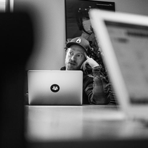 Marc Windmeißer Projektmanager Laptop